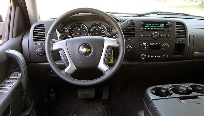 2011 Chevrolet Silverado HD Review front cabin