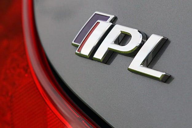 2011 Infiniti G37 IPL Coupe Review badge