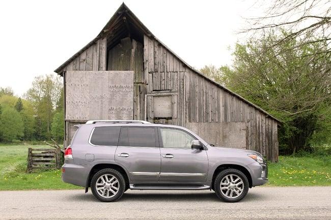 2013 Lexus LX 570 review