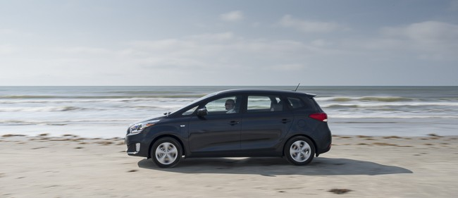 2014-kia-rondo-review