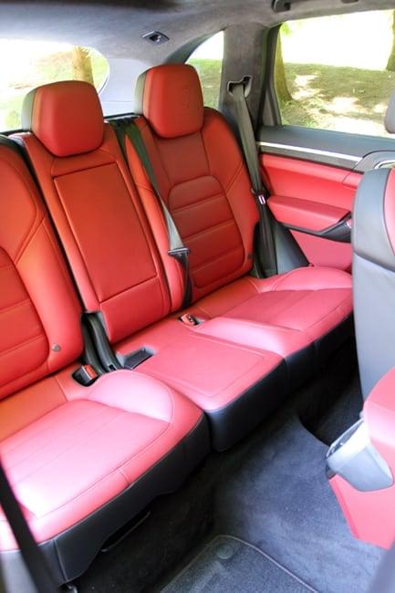 2014 Porsche Cayenne Turbo S-interior