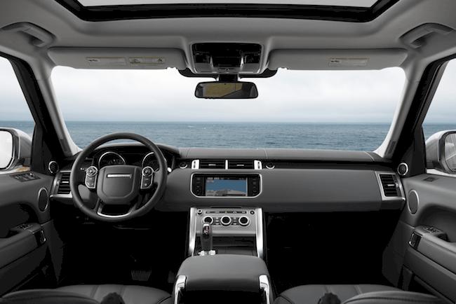 2014-Land-Rover-Range-Rover-Sport-cabin