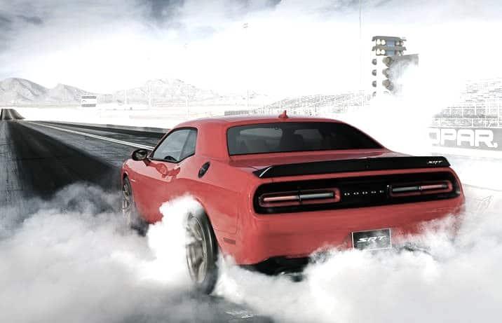 2015-Dodge-Challenger-SRT-Hellcat