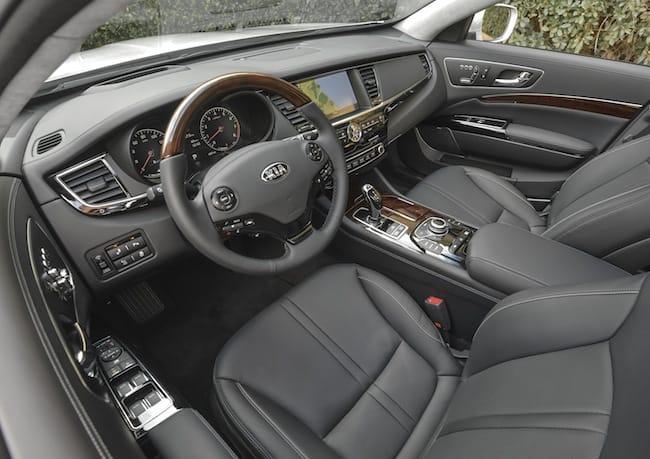 2015-kia-k900-review-interior