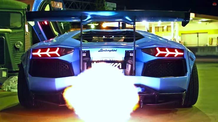 Liberty-Walk-Lamborghini-Aventador