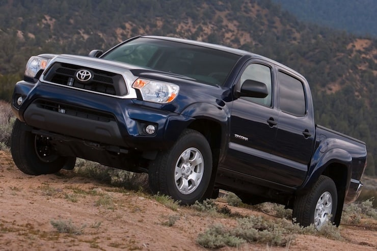 2015_Toyota_Tacoma_V6_4dr_Double_Cab_4WD