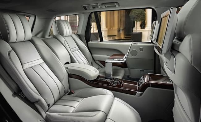 2016-Range-Rover-SVAutobiography interior