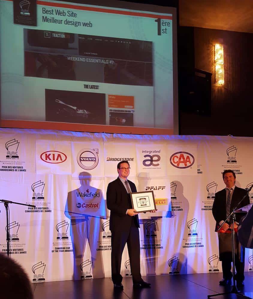 Kia Canada Presents TractionLife.com Web Award At 2016