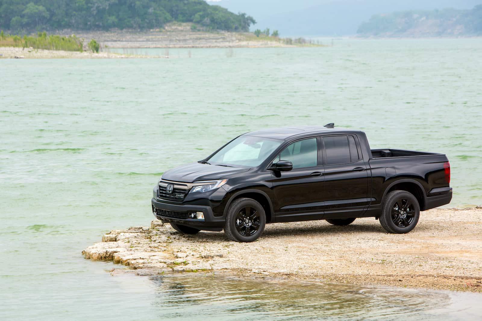2017 Honda Ridgeline Black Edition Review: The Top-end Model