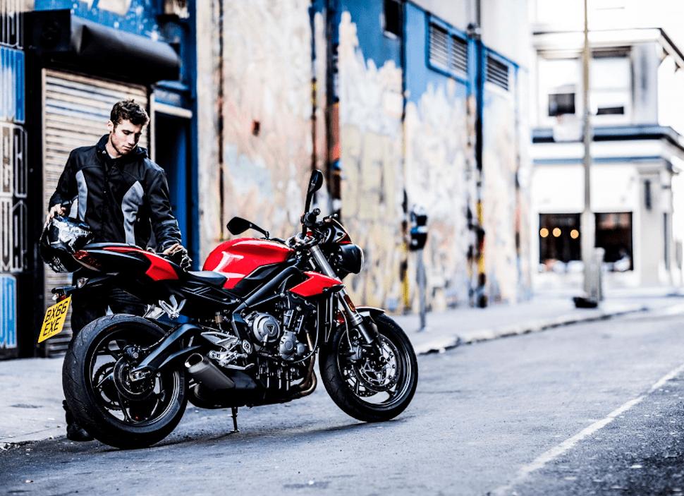 2017 triumph street triple s motorcycle