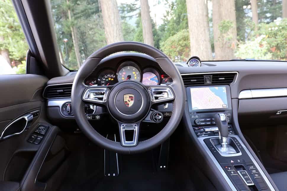 2017 Porsche 911 Carrera 4S Review interior