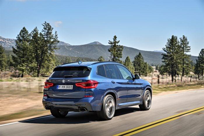 2018 BMW X3 rear rolling