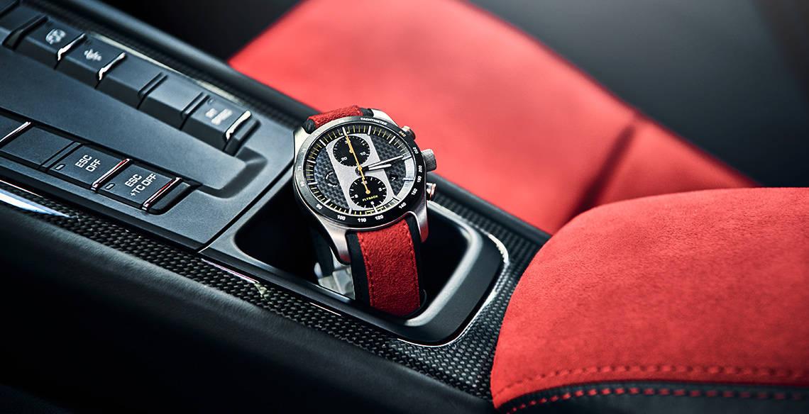2018 Porsche 911 GT2 RS watch