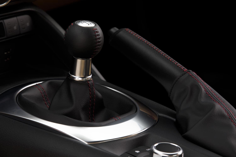 2017 Honda Cr V Towing Capacity >> 2017 Mazda MX-5 RF Review