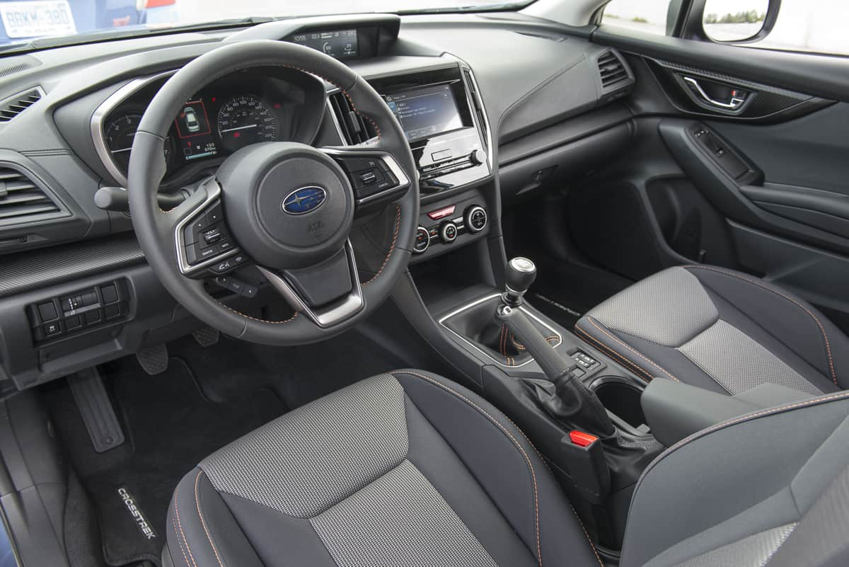 2018 subaru crosstrek review interior