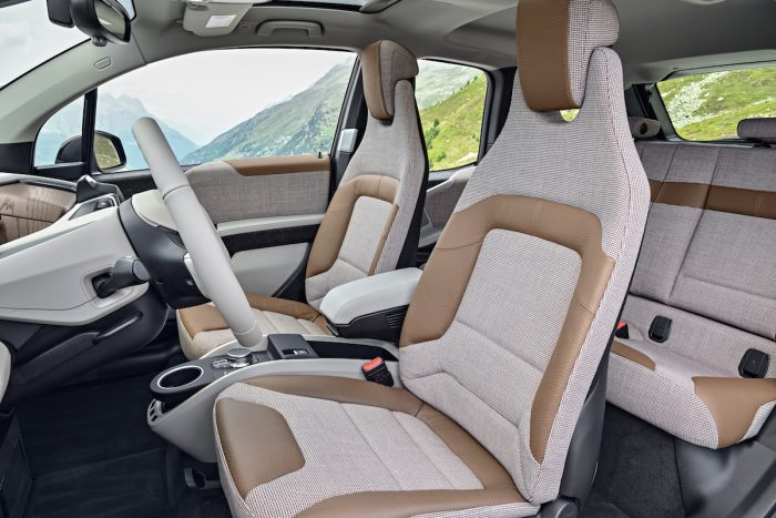 2017 BMW i3 Review seats
