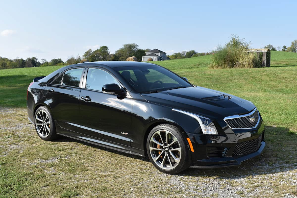 2017 cadillac ats v review homegrown ready to rock. Black Bedroom Furniture Sets. Home Design Ideas