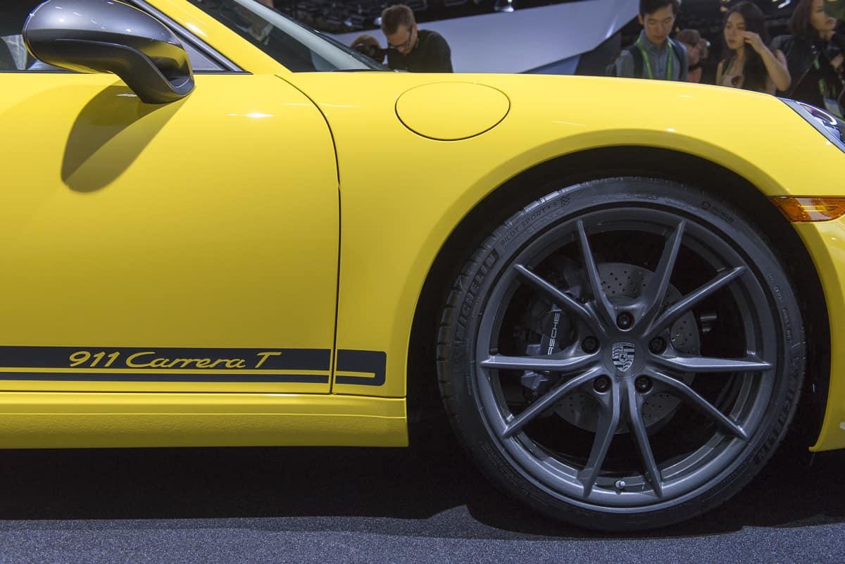 2018 porsche 911 carrera t la auto show