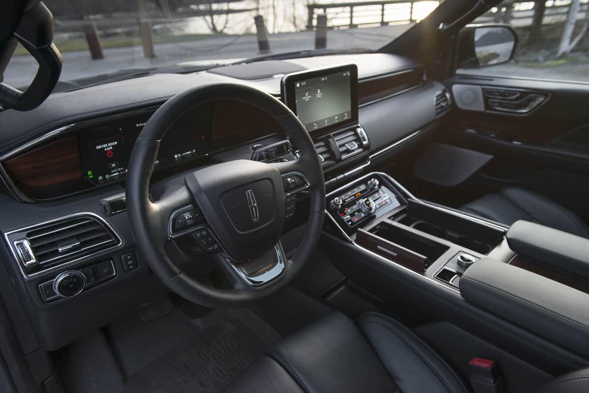 2018 Lincoln Navigator interior amee reehal