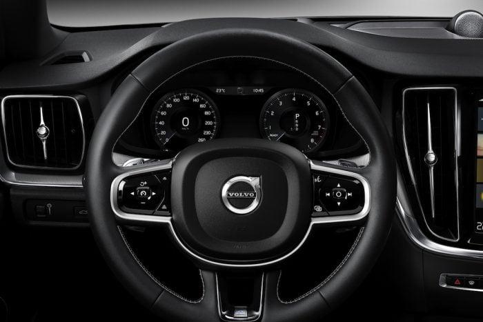 2019 volvo s60 sports sedan cockpit