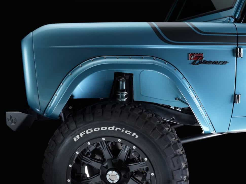 670-hp 4-Door Bronco Restored to Perfection shocks