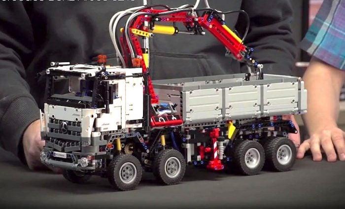 LEGO Technic 42043 Mercedes-Benz Arocs
