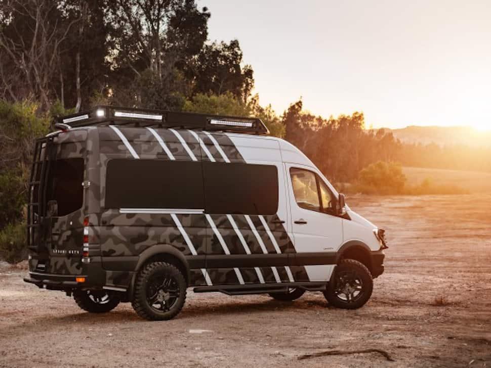 Lexani EXTV Kalahari 4×4 Sprinter Camper rear