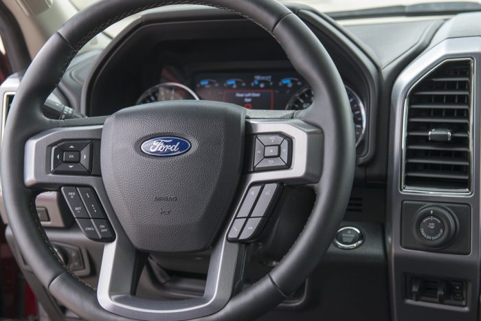 2019 Ford Expedition Platinum steering wheel