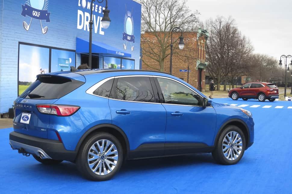 2020 ford escape rear profile in blue