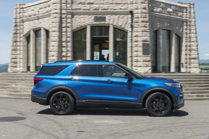First Drive 2020 Explorer St Review Ford S 400 Hp 3 Row Suv Is Here