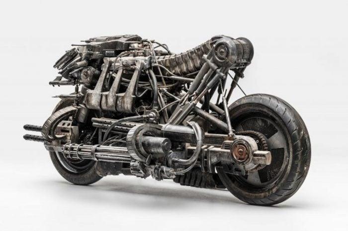Moto-Terminator-Ducati-1100-s rear view