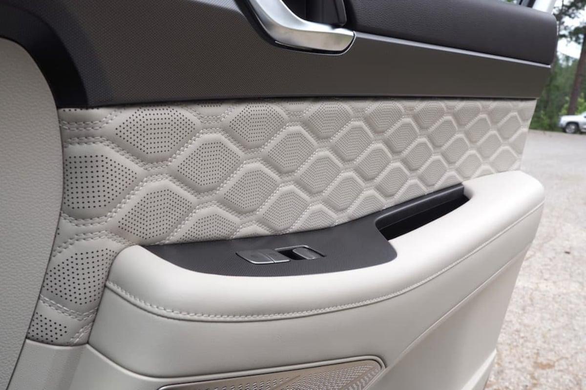 Inside Hyundai's 2020 Palisade SUV: A Closer Look