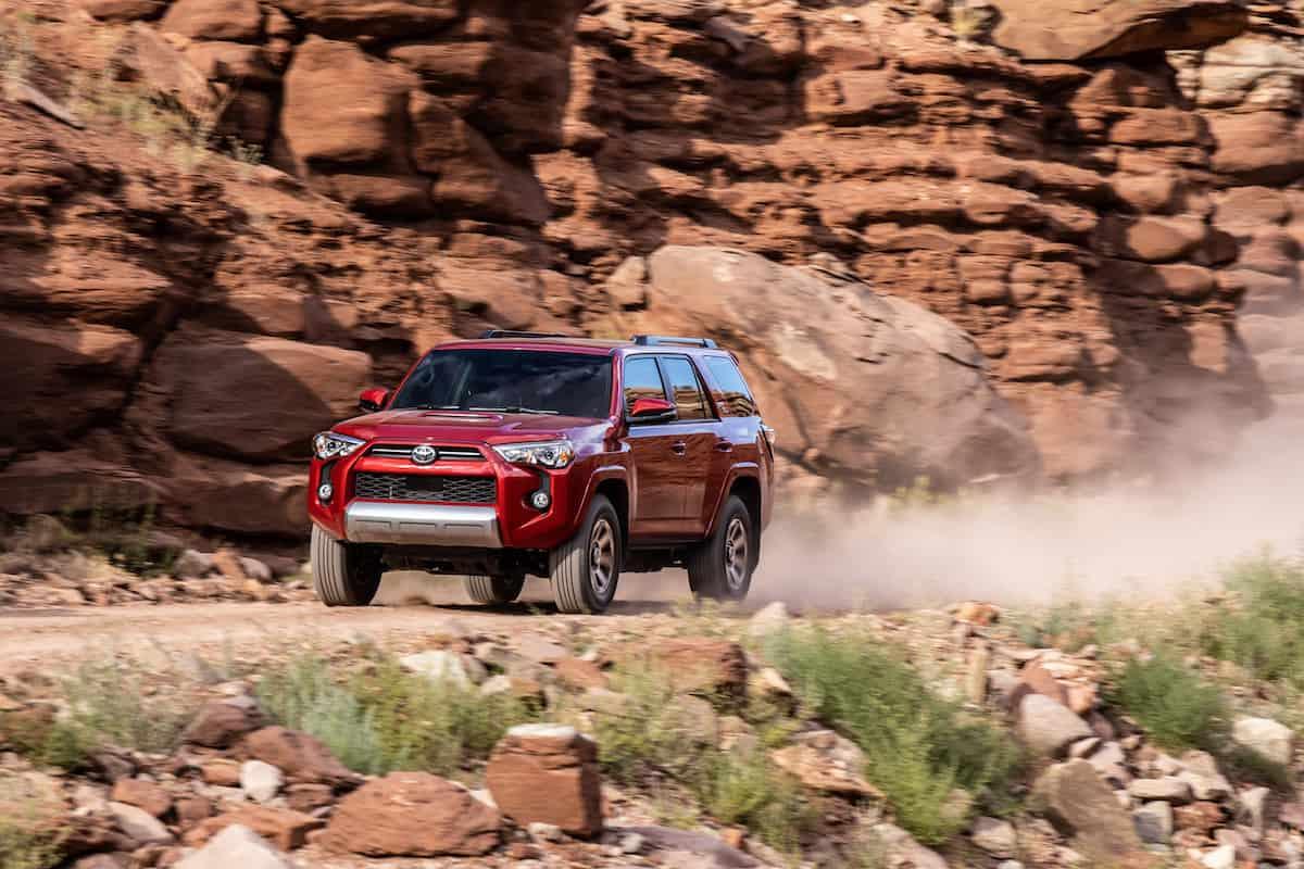 20_Toyota_4Runner_TRD_Off-Road_04