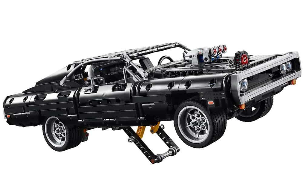 doms charger lego set kickstand