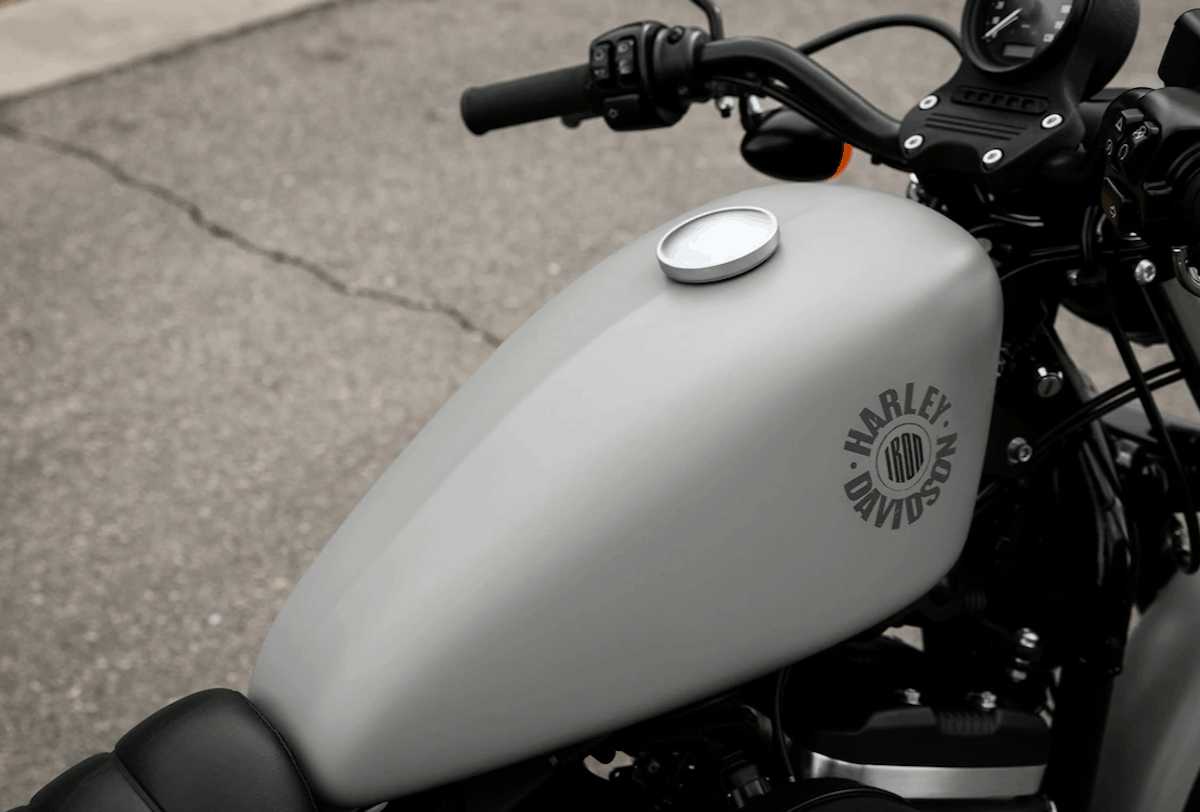 Harley-Davidson Iron 883 top