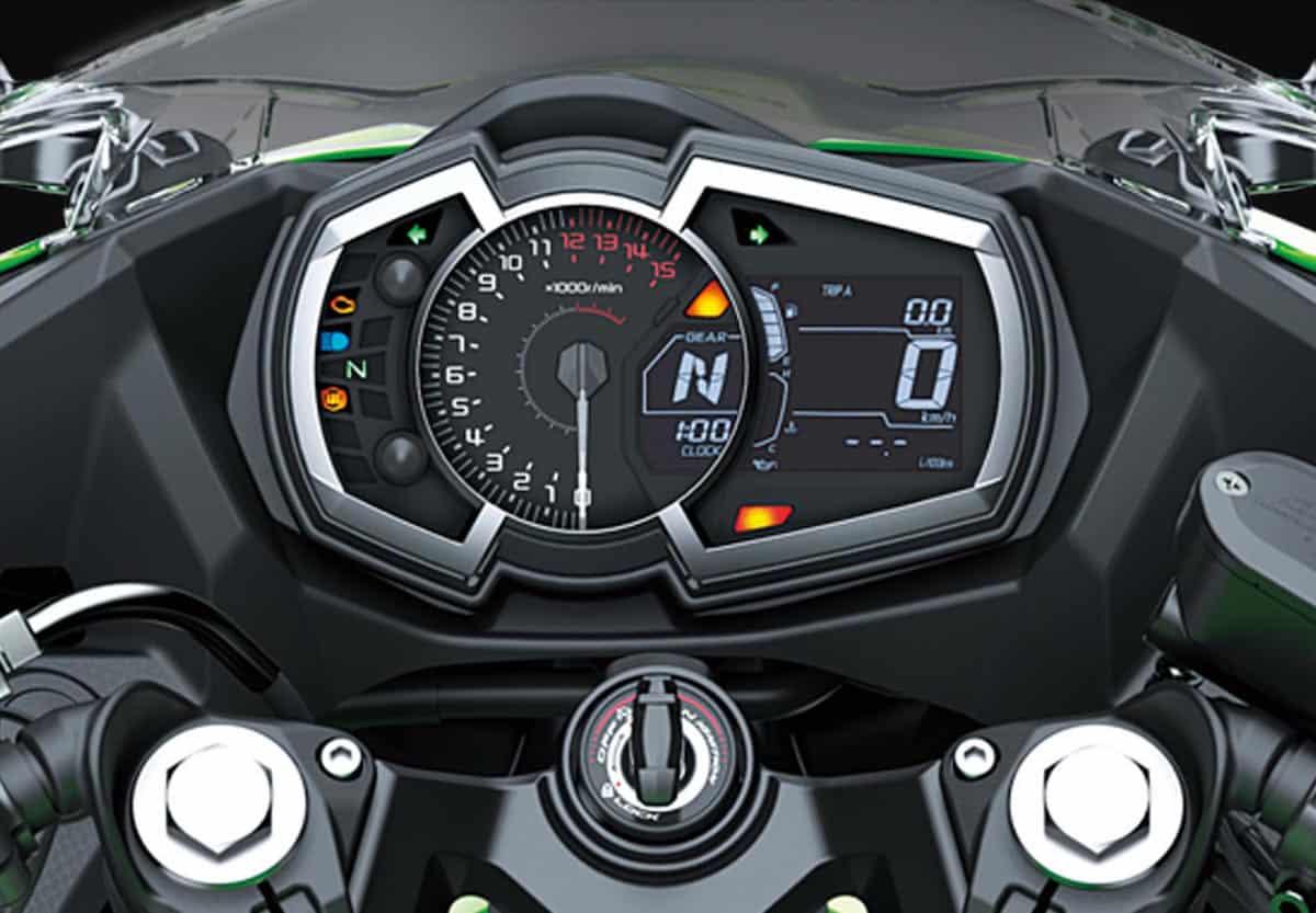 Kawasaki Ninja 400 gauges