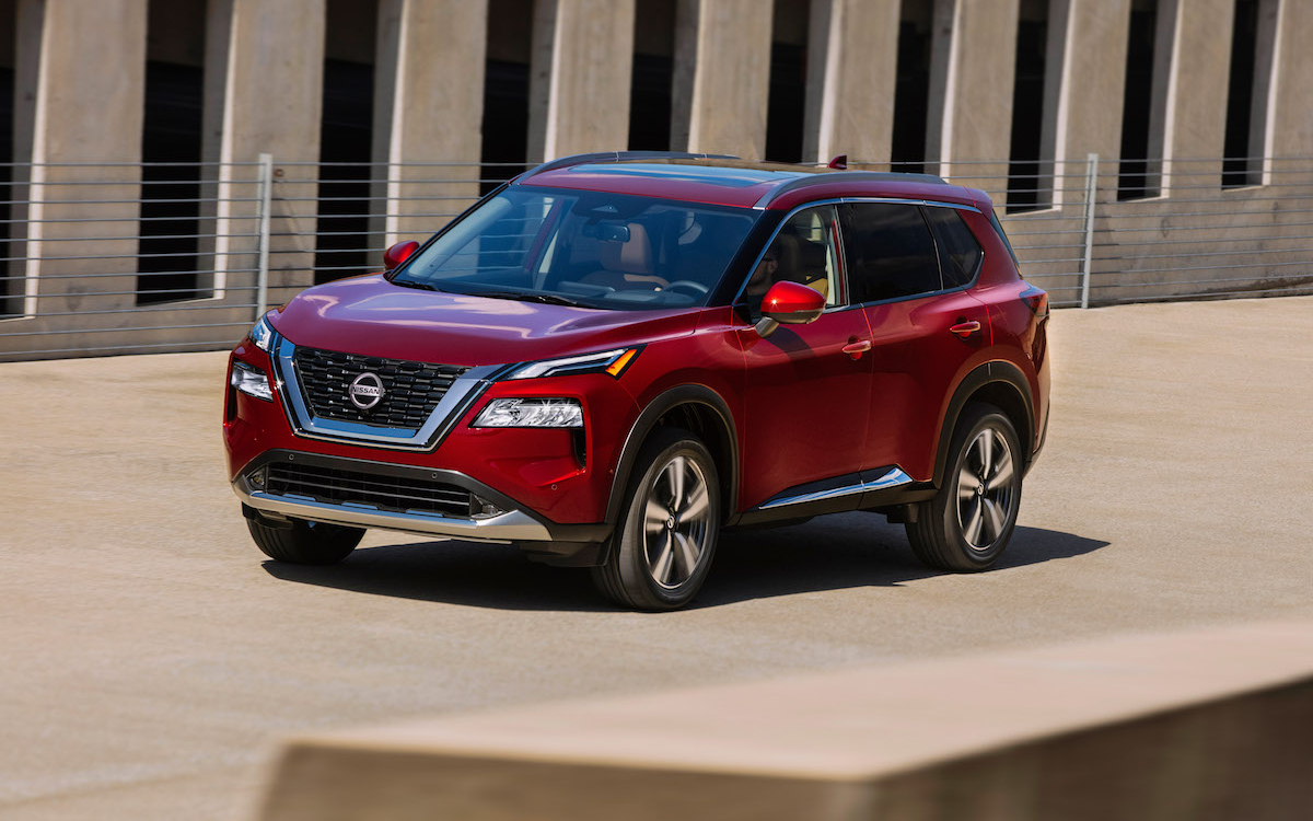 2021 Nissan Rogue hits the gym with beefy redesign ...