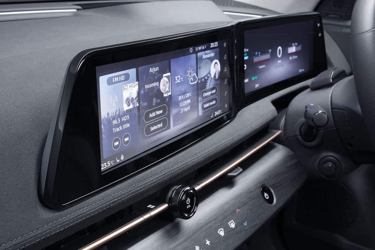 2022 Nissan Ariya all electric suv 1