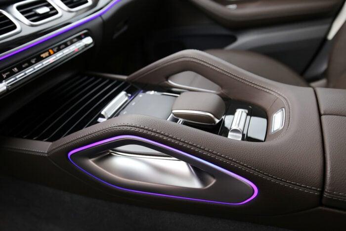 2020 Mercedes-Benz GLS450 4Matic tech features