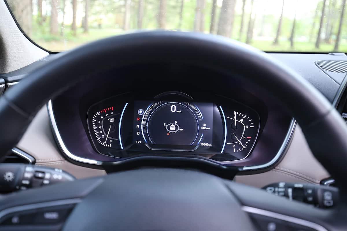 2020 Hyundai Santa Fe compact SUV gauges front cabin cockpit
