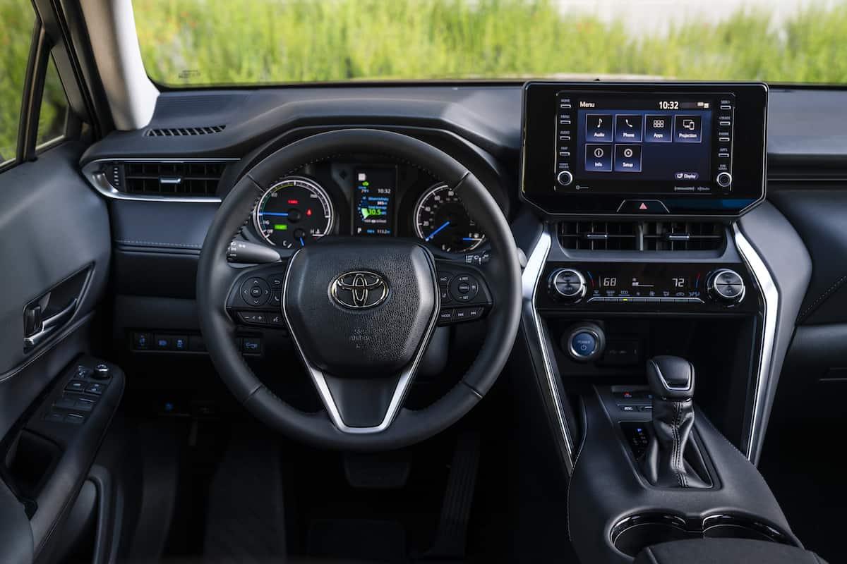 2021 Toyota Venza limited cockpit