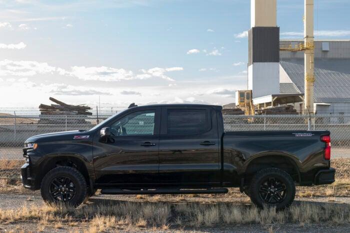 2020 Chevy Silverado Trail Boss Midnight Edition amee reehal (14 of 16)