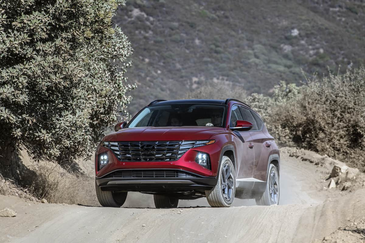 2022 Hyundai Tucson front driving