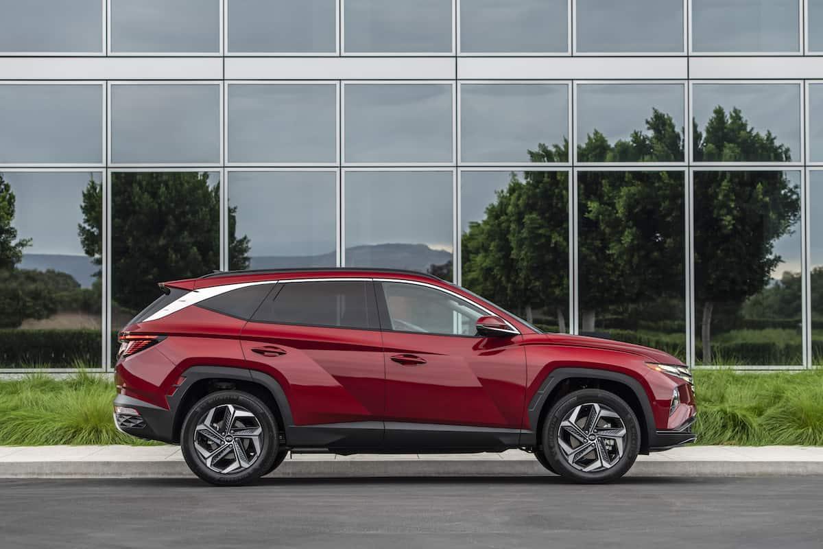 2022 Hyundai Tucson side