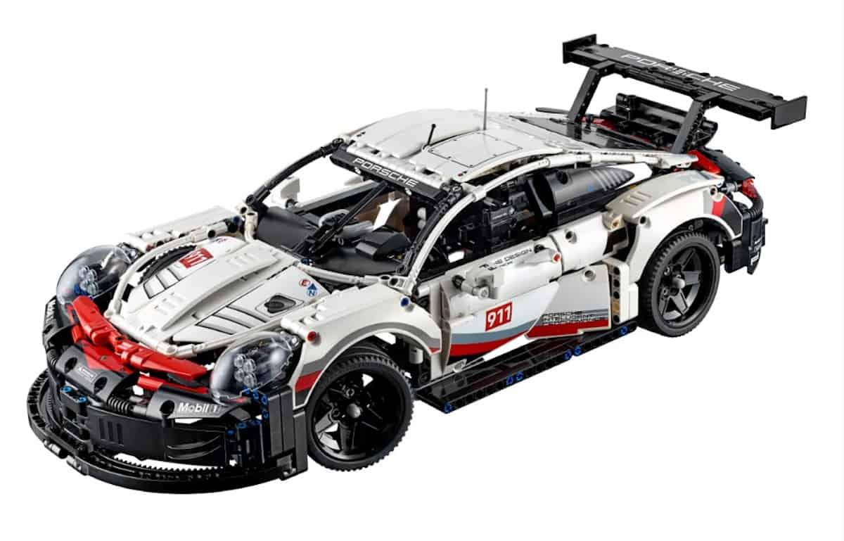 LEGO Technic Porsche 911 RSR front copy