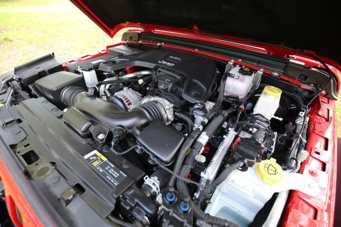 2021 Jeep Gladiator engine