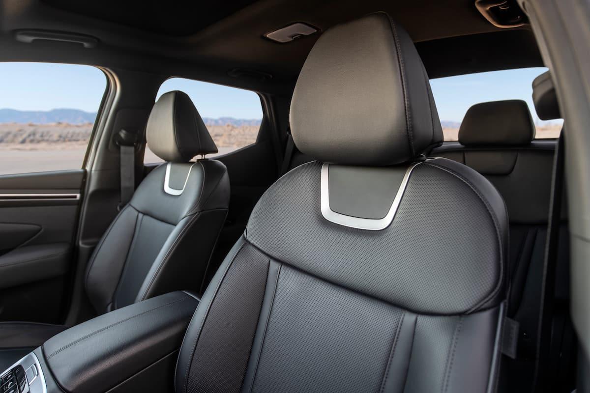 2022 Hyundai Santa Cruz truck seats