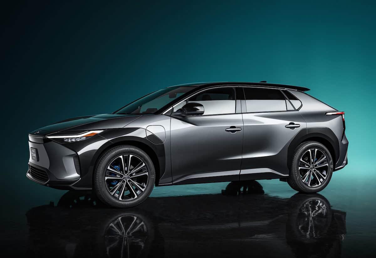 Toyota bZ4X SUV Concept 1